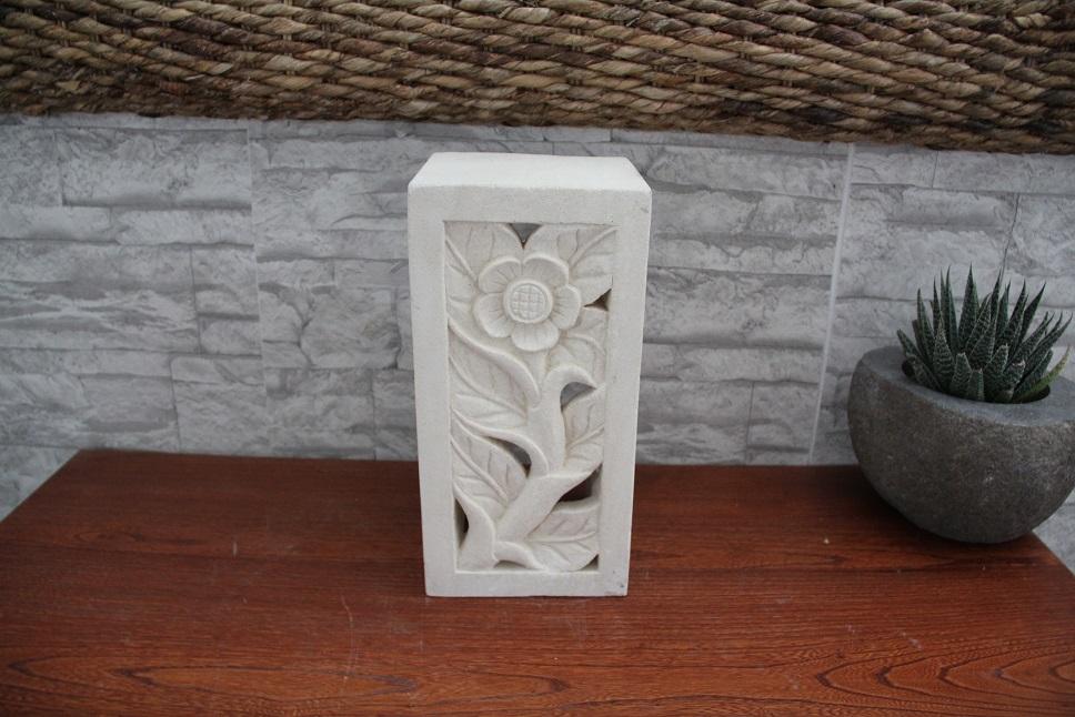 applique in limestone