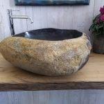 Lavabo design in pietra
