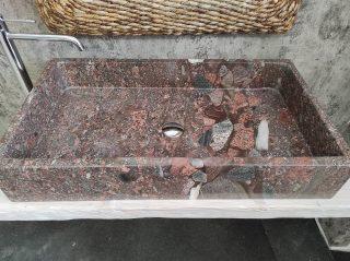 Lavabo in Granito